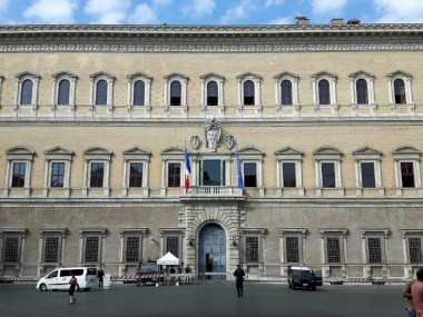 Farnese Palace at Rome – Crack Pattern Survey and Monitoring